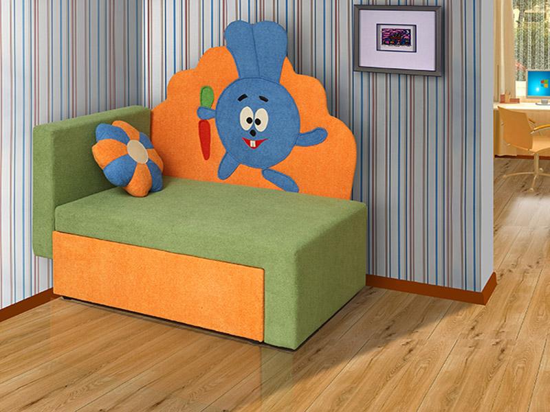 Детский диван с зайчиком