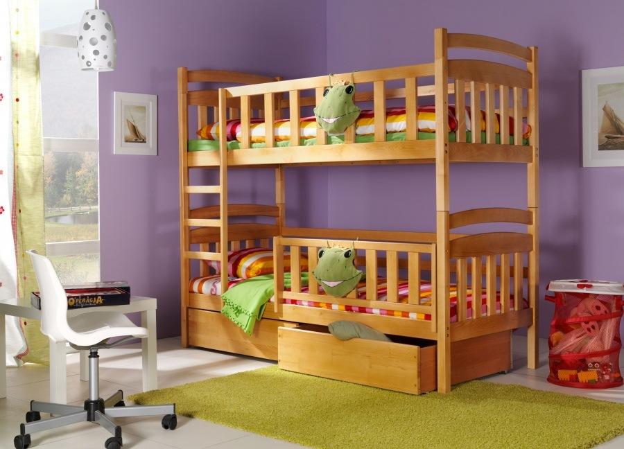 Двухъярусная кровать для детей с деревянными бортиками