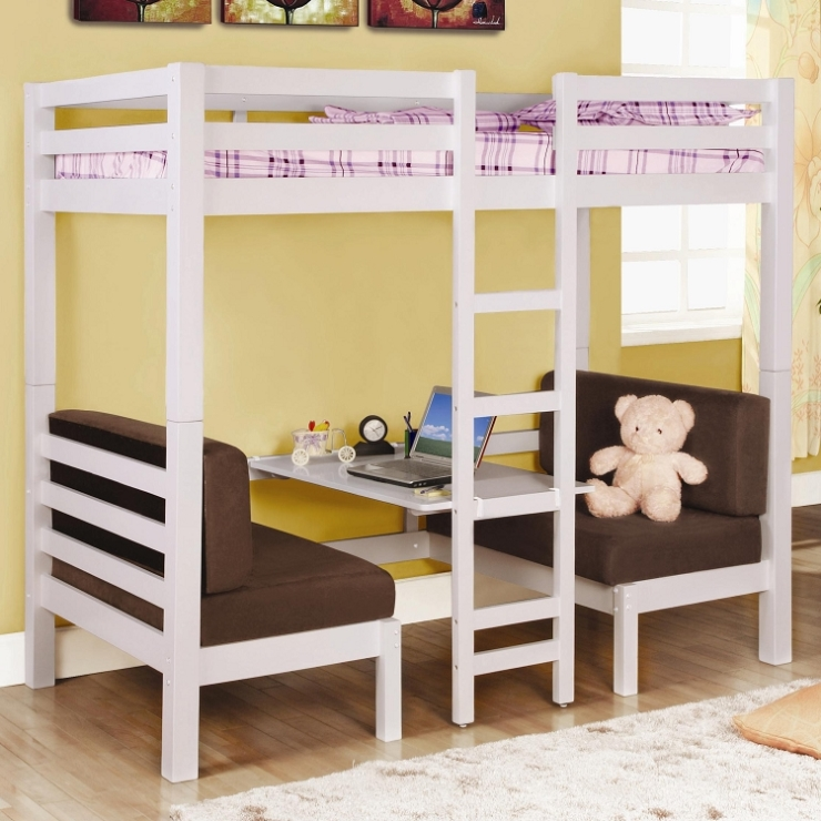 Двухъярусная кровать сдвумя небольшими диванчиками