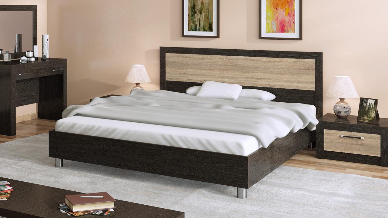 Двуспальная кровать на ножках