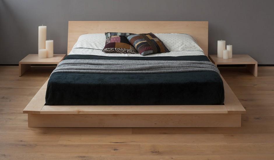 Двуспальная кровать на подиуме