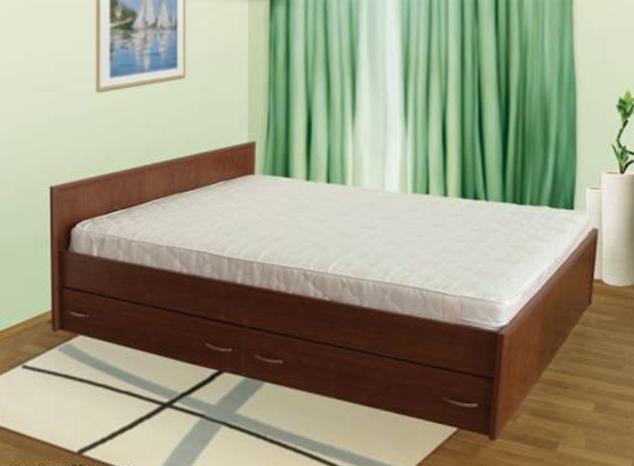Двуспальная кровать с ящиками для белья