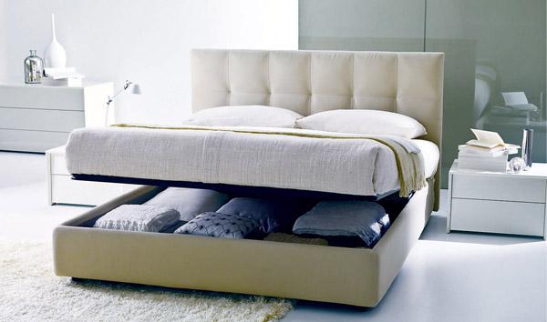 Фото двуспальной кровати с подъемным механизмом