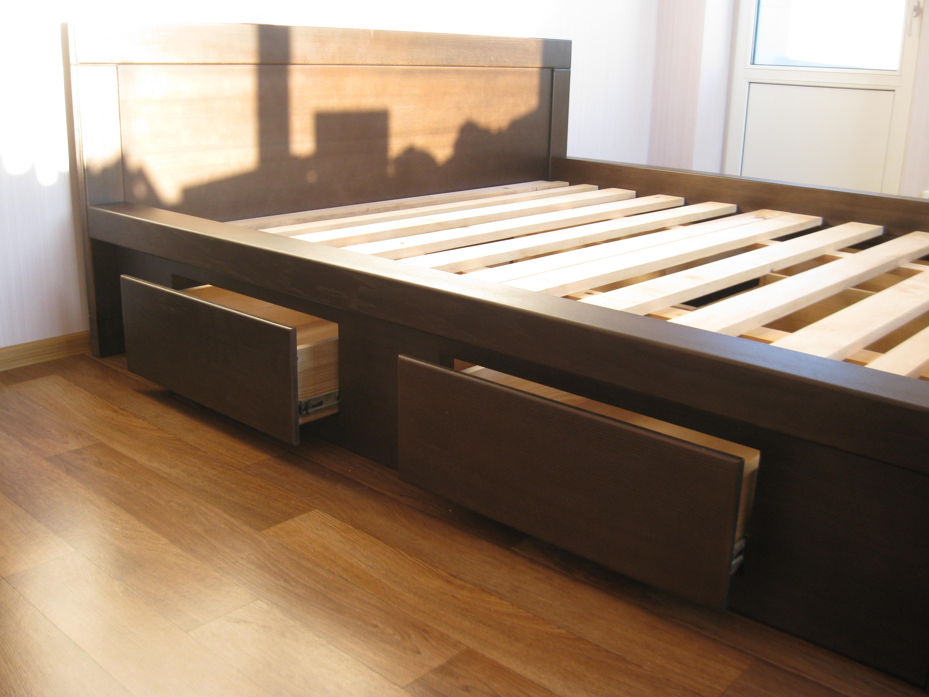 Кровать из дерева с ящиком своими руками