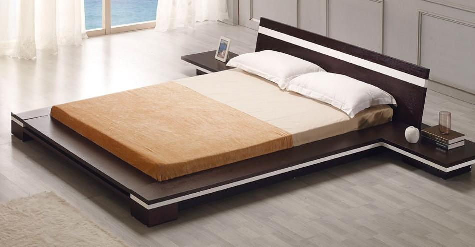 Качественная двуспальная кровать