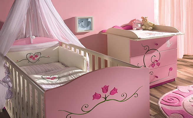 Как выбрать кроватку для новорожденного малыша
