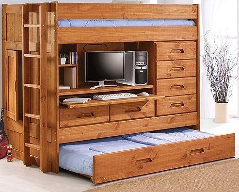 Компактная кровать чердак