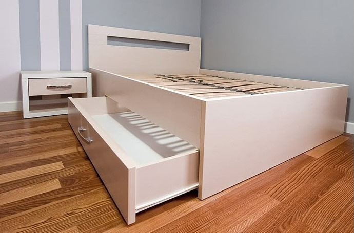Кровати с ящиками своими руками фото