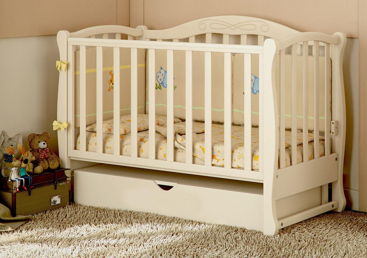 Кровать для новорожденных из дерева
