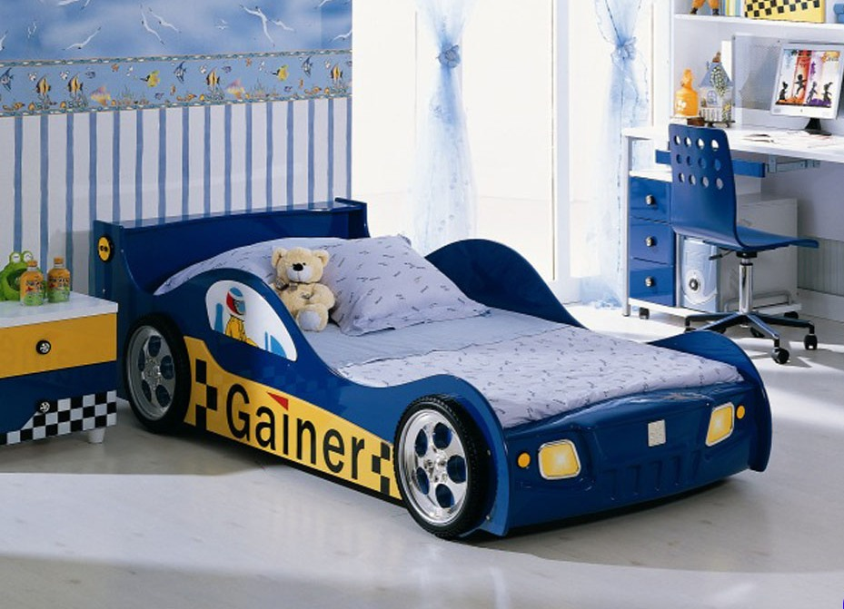фото машинки кровати