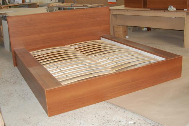 Кровать подиум из ДСП