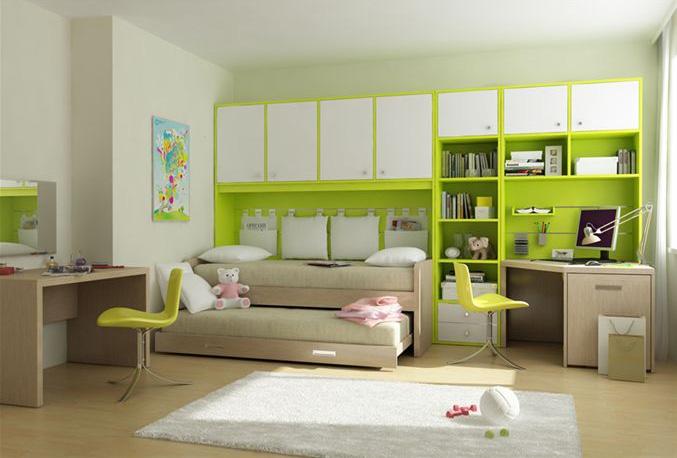 Кровать подростка может быть даже сверху, а может выдвигаться из сцены
