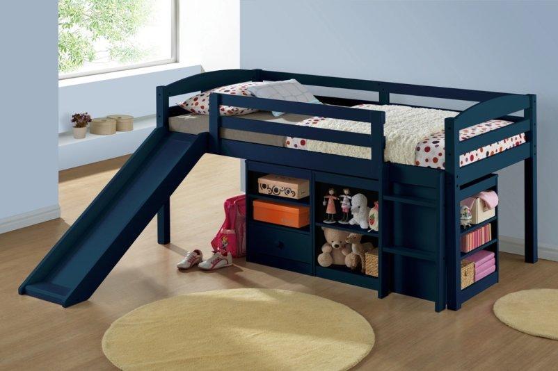 Кровать с горкой в черном цвете
