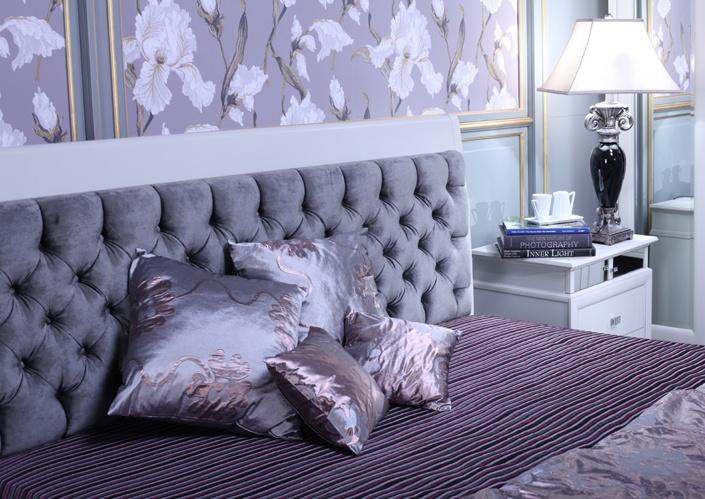 Кровать с мягким изголовьем из велюра