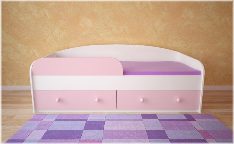 Кровать с розовым фасадом