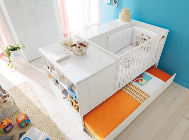 Кроватка трансформер - практичное решение для детской комнаты