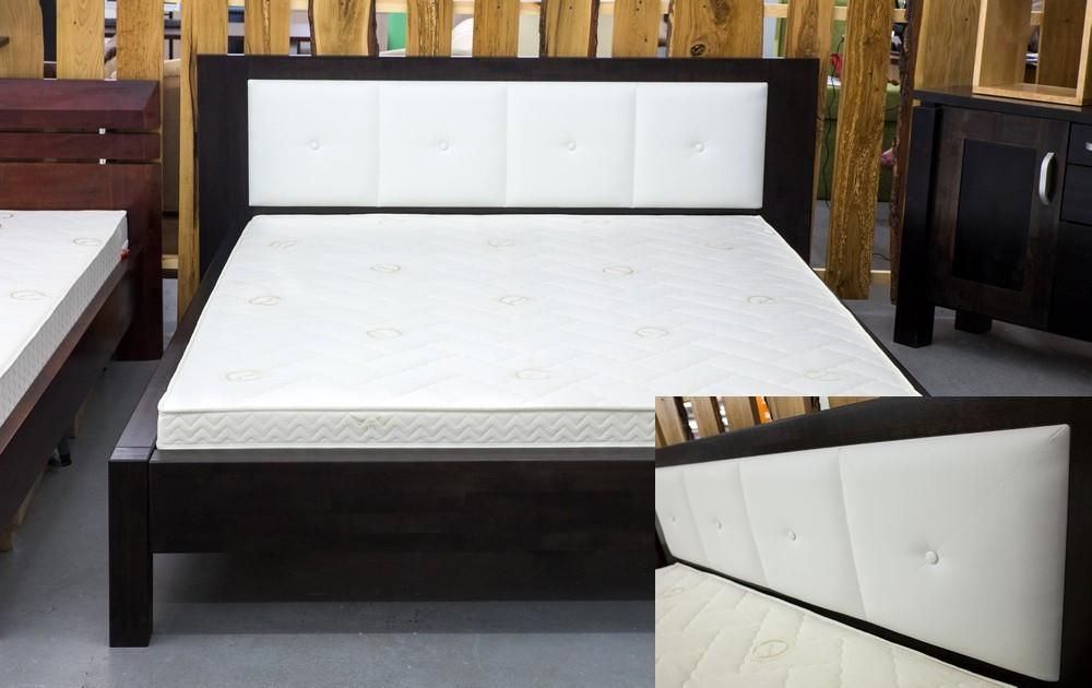 Квадратная двуспальная кровать