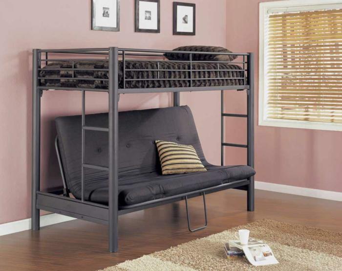 Металлическая двухъярусная кровать с диваном