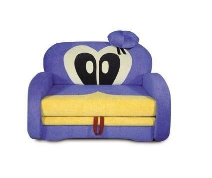 Небольшой детский диванчик