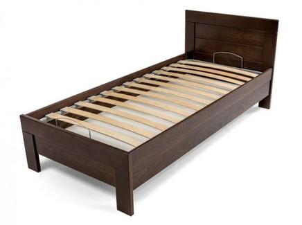 Односпальная кровать с ламелями