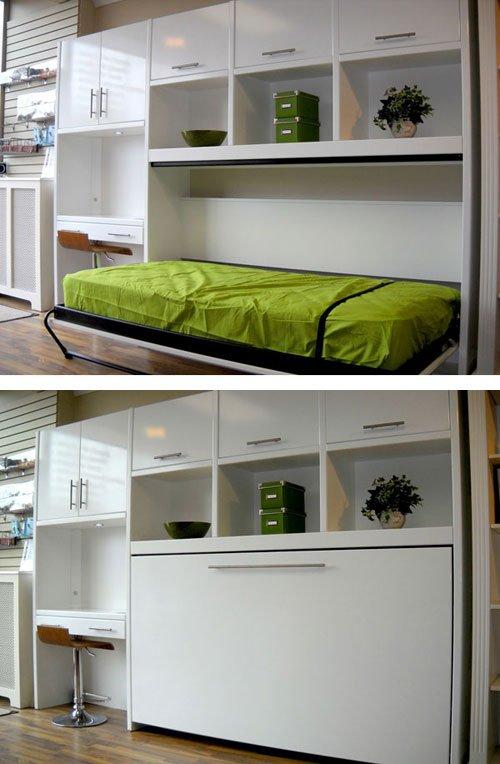 Откидная небольшая кровать