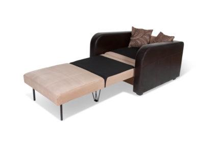Разложенное кресло кровать