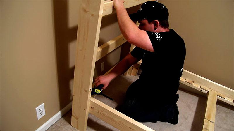Как собрать каркас двухъярусной кровати