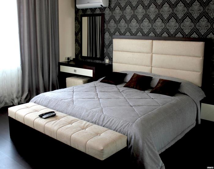 Совремнная двуспальная кровать