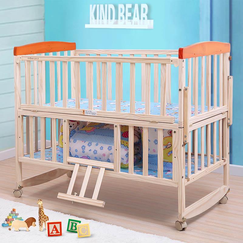 Удобная кровать для малыша