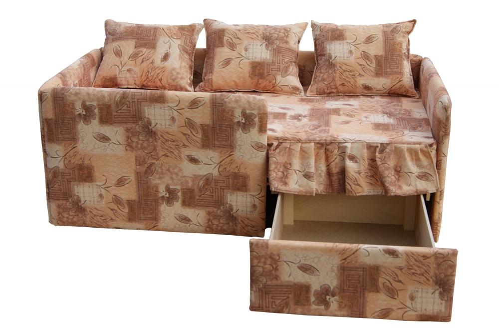 Удобный диван с ящиком для постельного