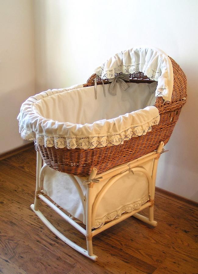 Выбор детской кроватки для новорожденного