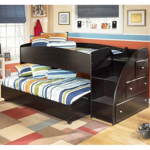 Выдвижная кровать в два яруса