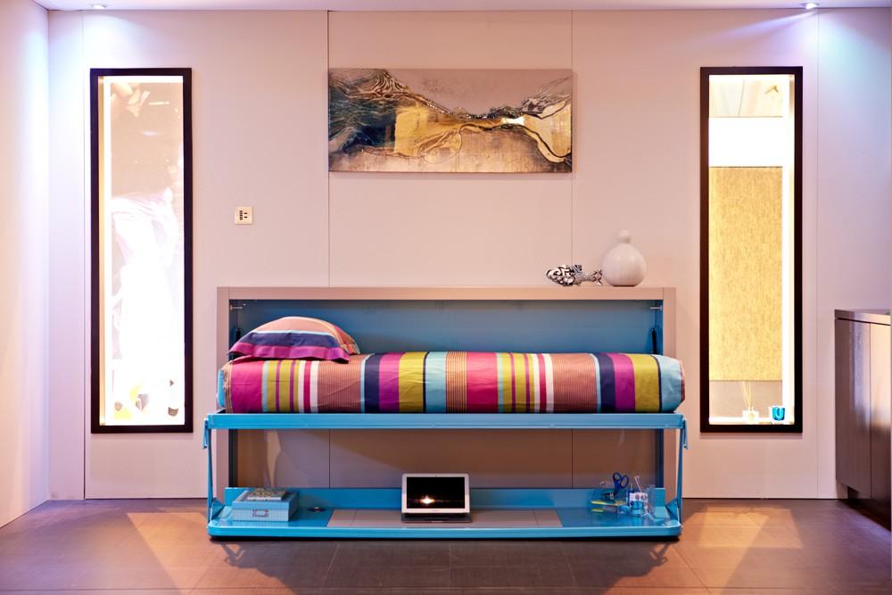 Яркий комод кровать - практичная изюминка вашего интерьера