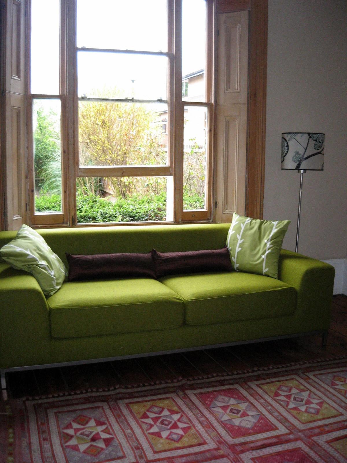 Интересный вариант дивана в интерьере