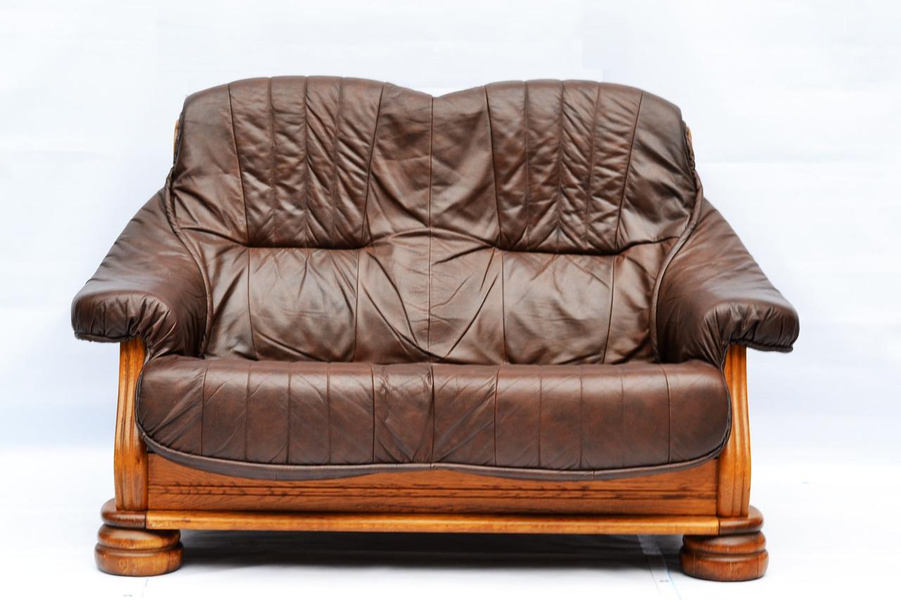 Кожаный диван двойка на дубовом каркасе