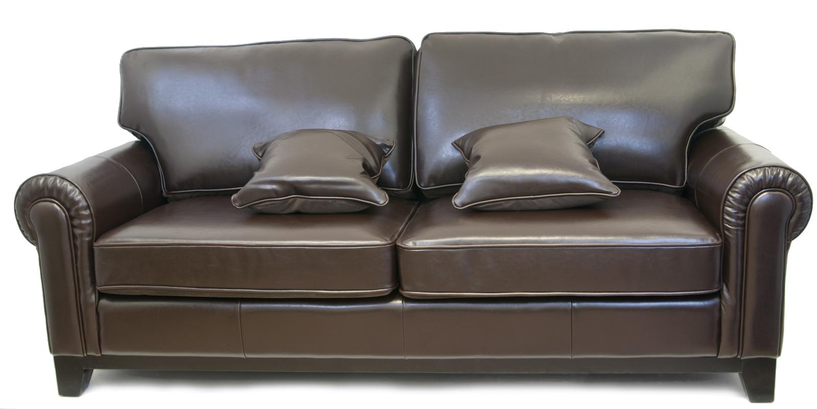 Кожаный диван с подушками