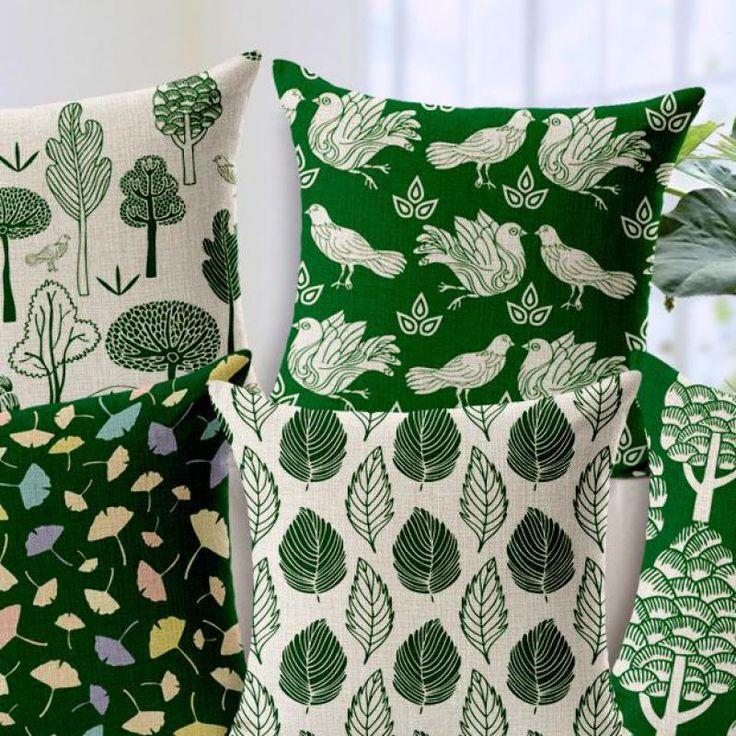 Красивые подушки для зеленого дивана