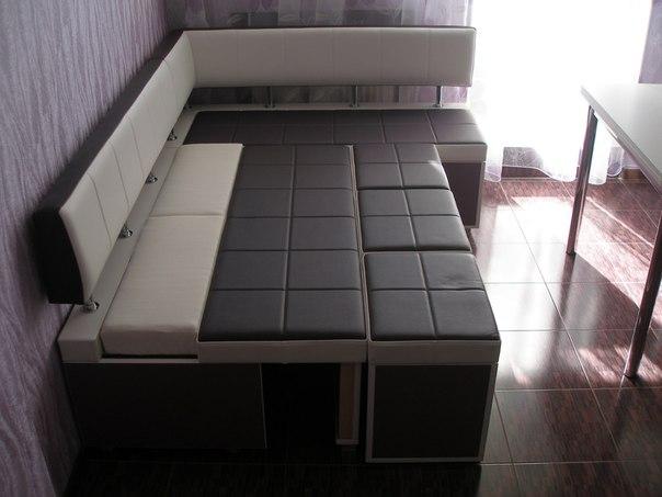 Кухонный уголок в интерьере кухни