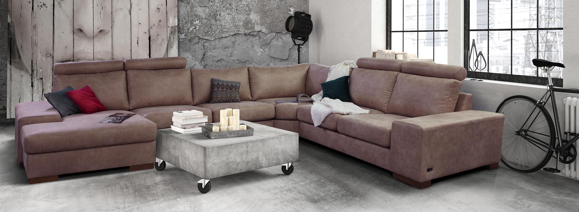 Модульный диван в гостиной лофт