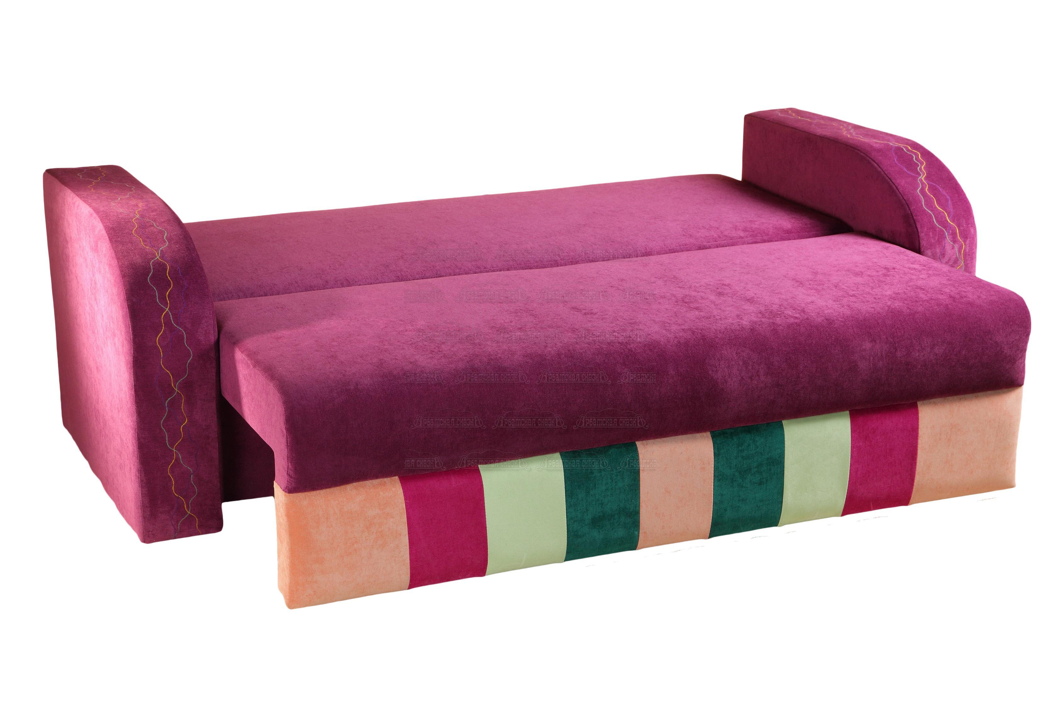 Небольшой диван в детскую