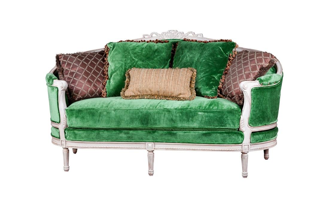 Зеленый велюровый мини диван