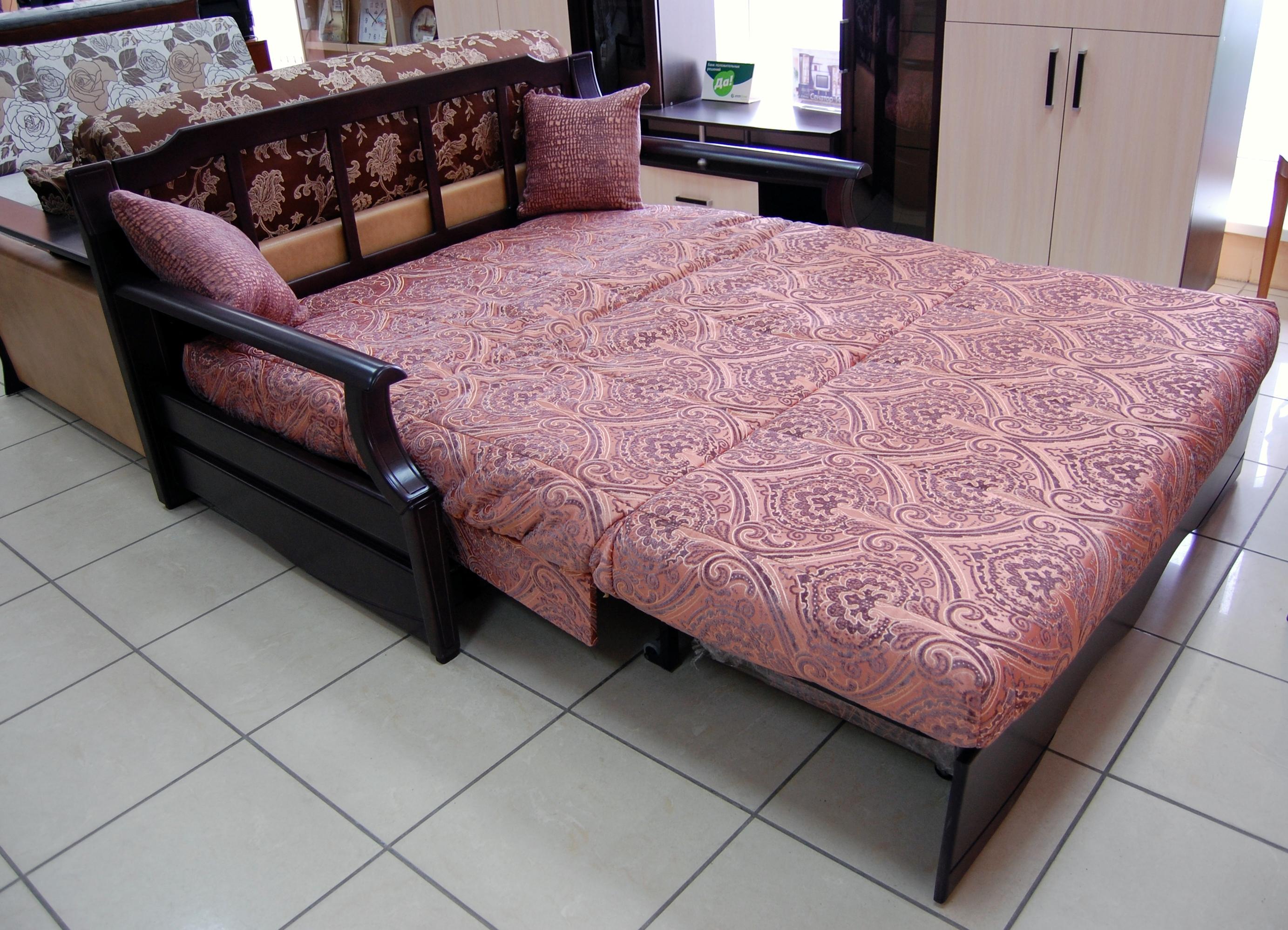 Комфортный раскладной диван