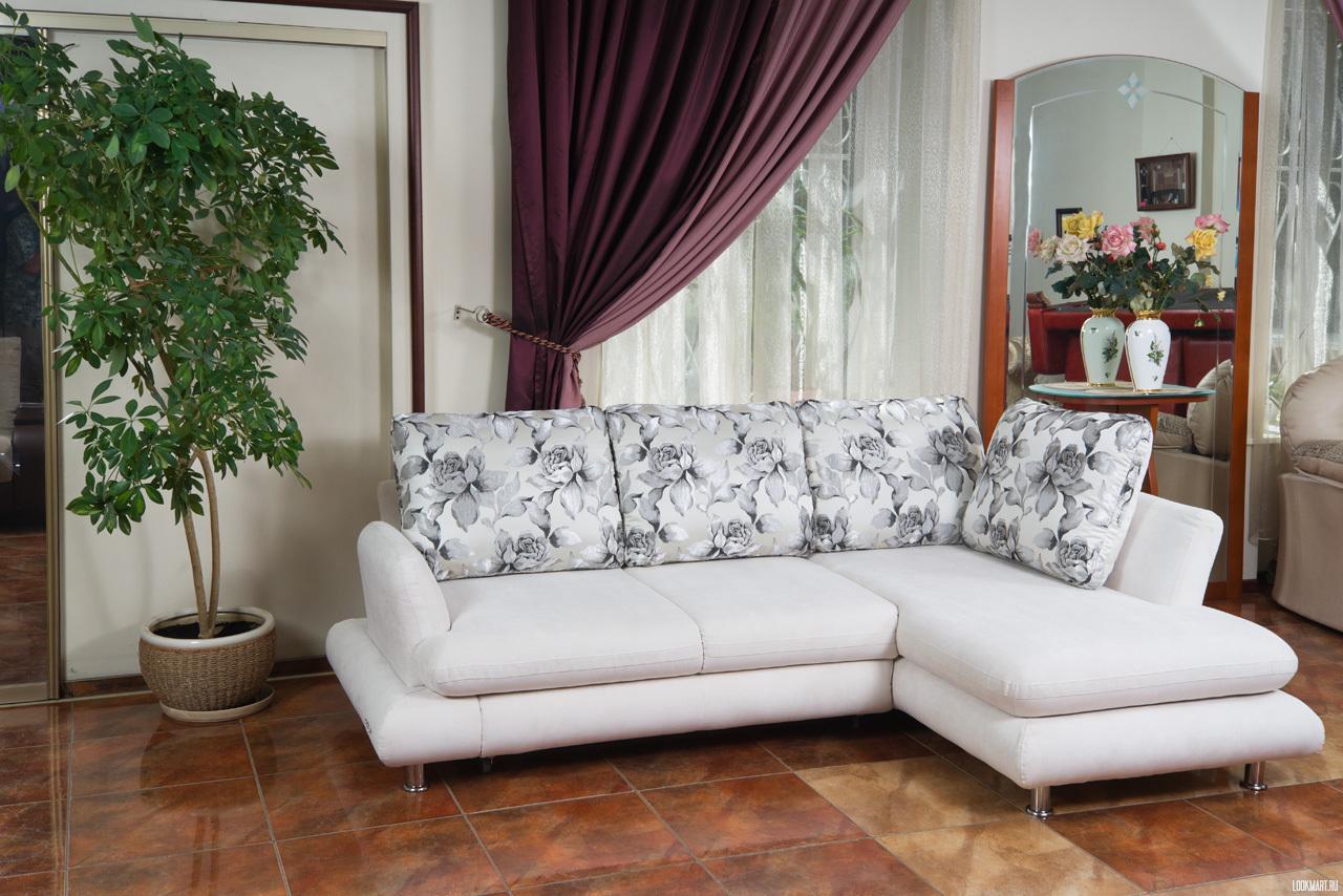 Малогабаритные угловые диваны в гостиной – комфорт компактных размеров