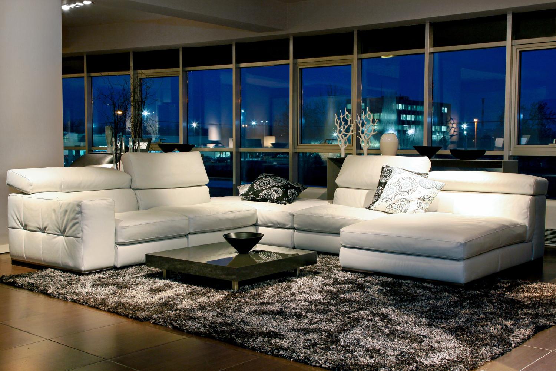 Мебель для просторной гостиной