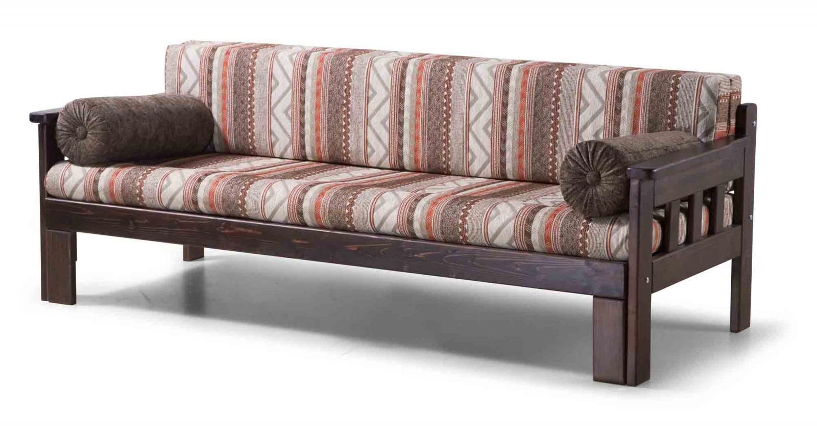 Мягкий диван с деревянными подлокотниками