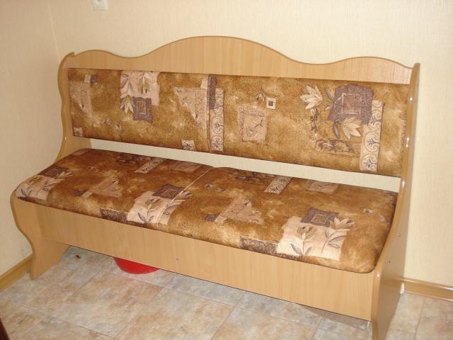 Мягкий диванчик в кухню