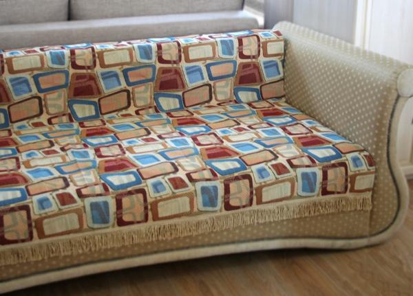 Незаменимым дополнением к завершающему штриху в интерьере служит красивое покрывало