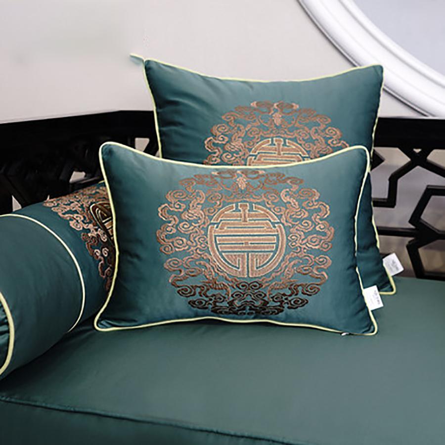 Подушки в цвет дивана