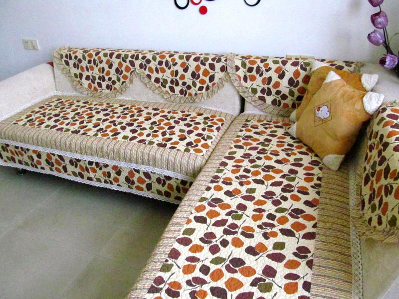 Стильное покрывало на диван