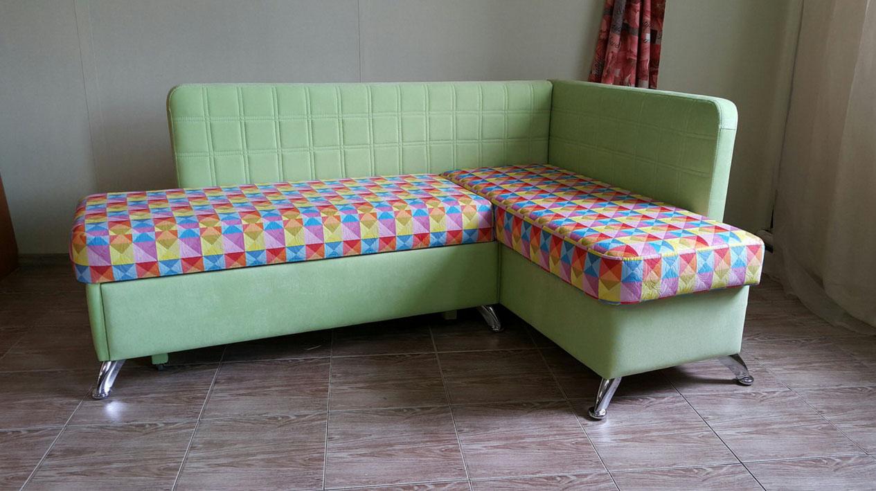 Угловой диванчик со спальным местом